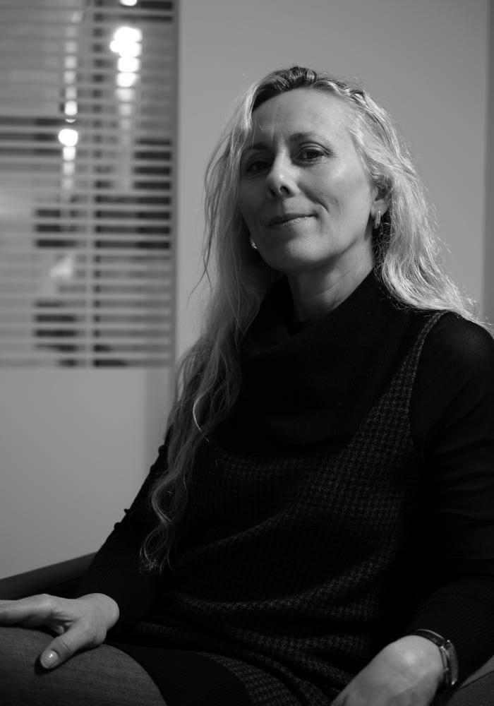 ritratto Manuela Leoni istruttore di Parsifal Yoga Academy Crema.