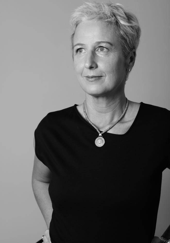 ritratto di Giulia Magnani istruttore di Parsifal Yoga Academy  Milano